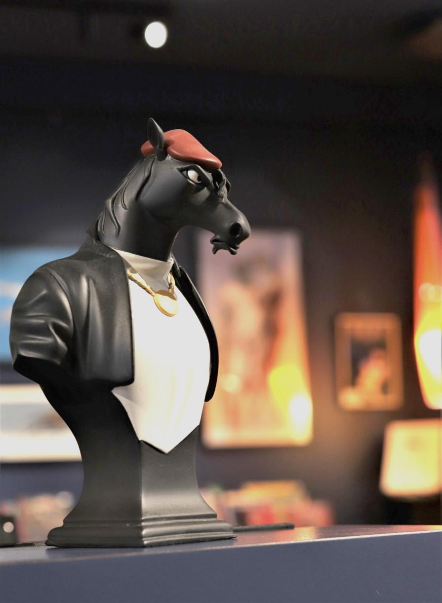 BLACKSAD HORSE BLACK CLAWS 55 EUR